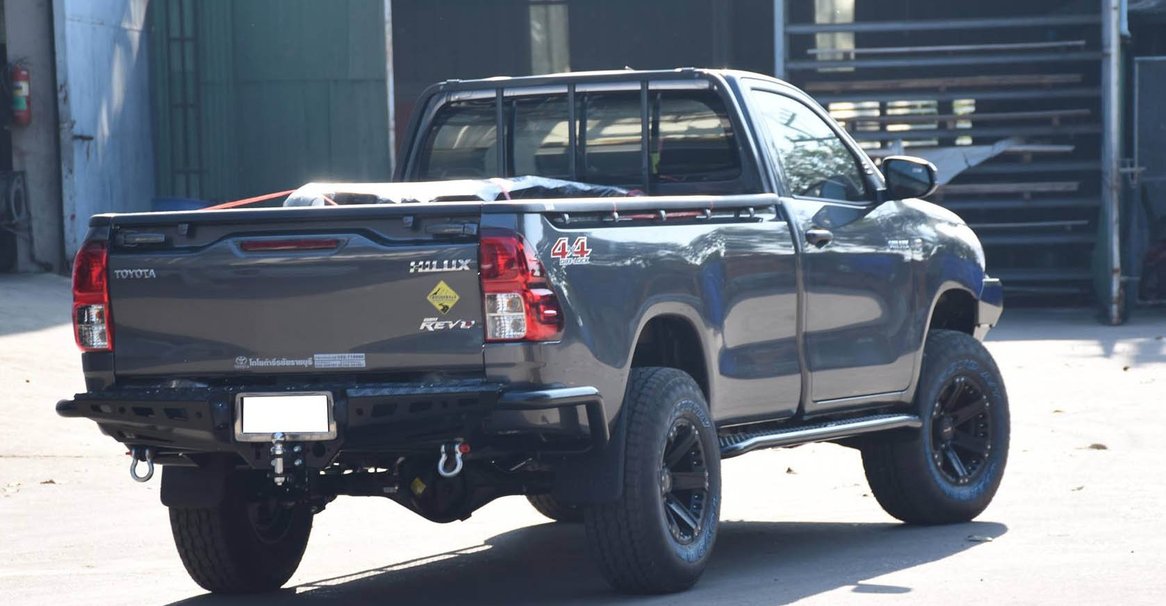 Black Steel Rear Bumper Style With Tow Hitch Receiver Worldstyling Com